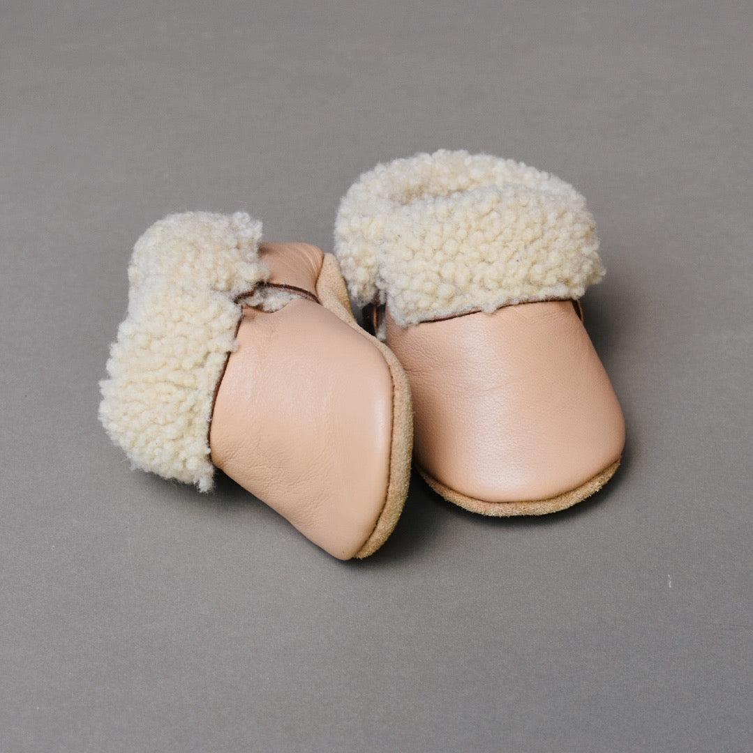 PRE-ORDER Shearling Lined Shoes - vintage