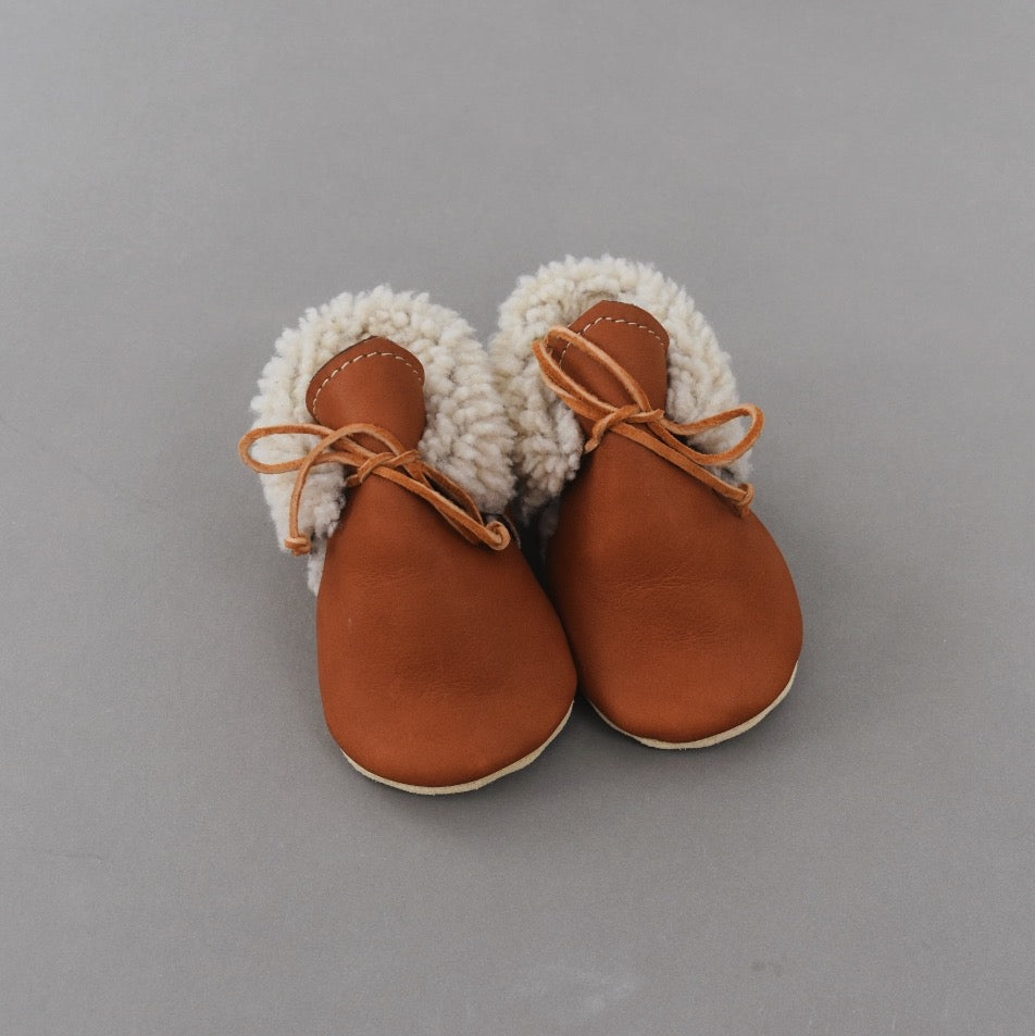 PRE- ORDER Shearling Lined Shoes - lace up 02