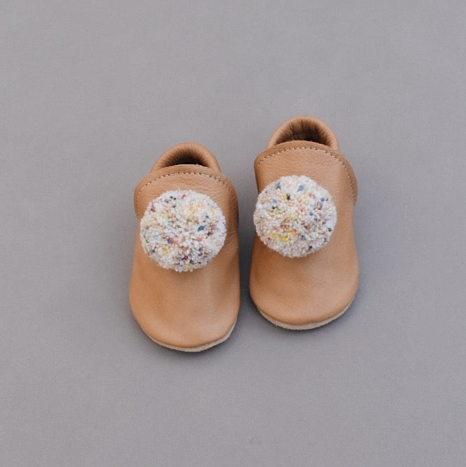 PRE-ORDER Leather Pompom Shoes - sand confetti 03