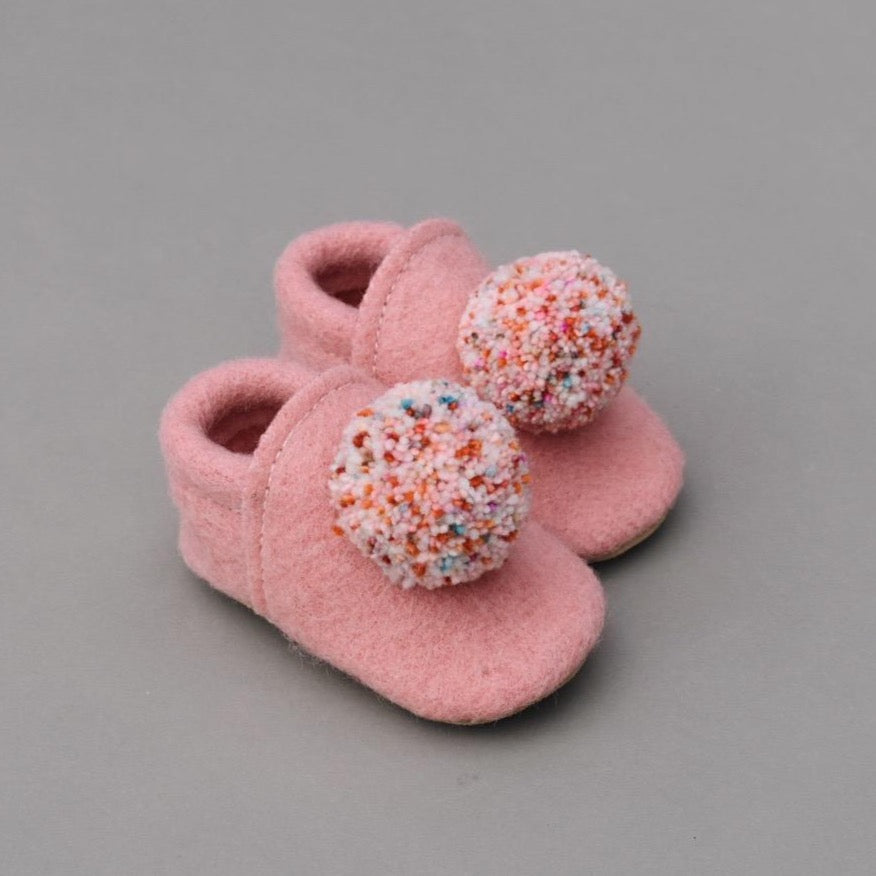 wool pompom shoes - pink