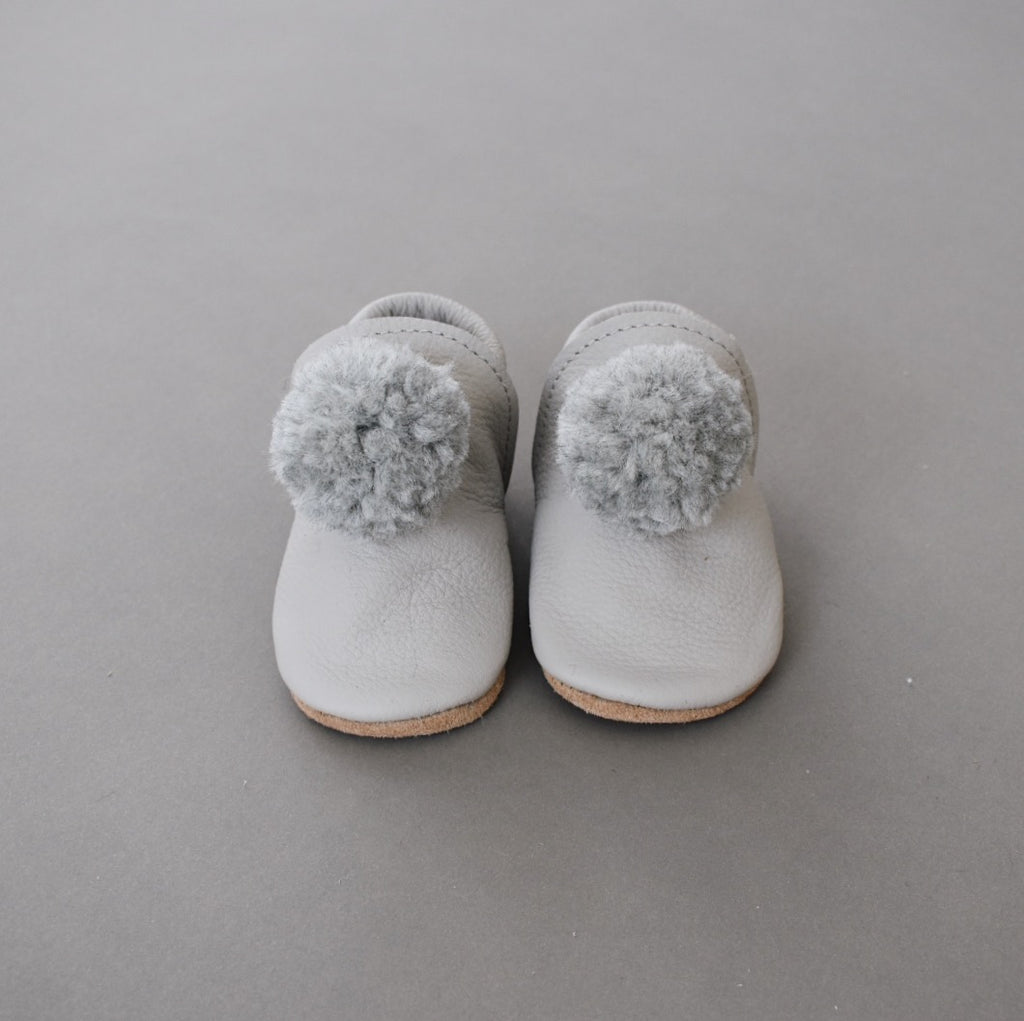 pompom shoes - nuage