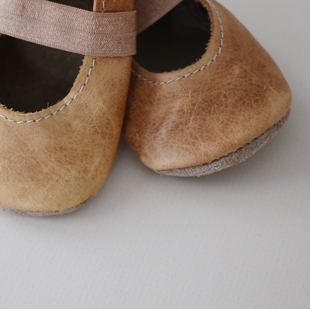 ballet flats - weathered