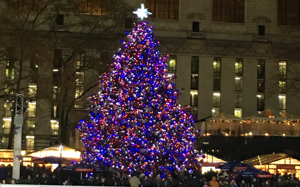 Two Hours in New York: The Winter Village in Bryant Park for Holiday Shopping