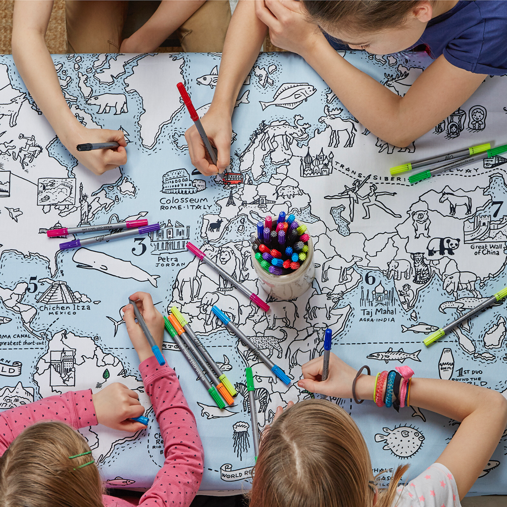 """Color & Learn"" World Tablecloth Map"