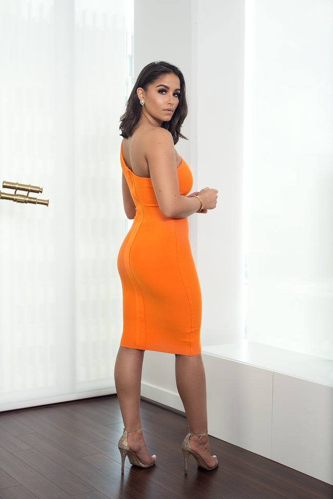 SOFT FEELING BANDAGE DRESS