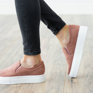 Ellis Rose Slip on Sneaker