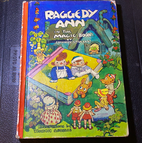 Raggedy Ann in the Magic Book, Illustrated, 1939 (First Edition)