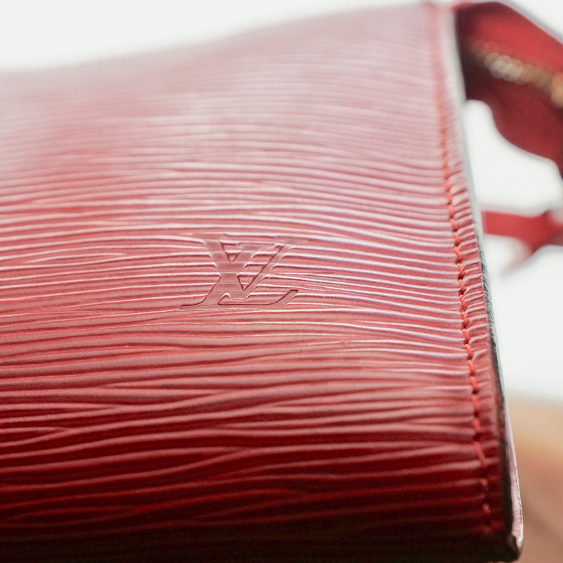 Pre-loved authentic Louis Vuitton Pouch Pochette Red sale at jebwa