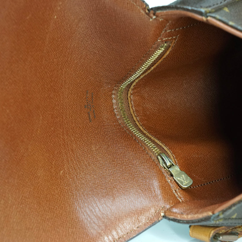 Pre-loved authentic Louis Vuitton Chantilly Pm sale at jebwa.