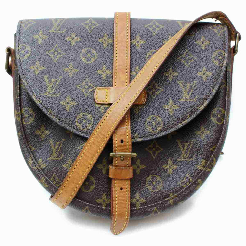 Pre-loved authentic Louis Vuitton Chantilly Gm sale at jebwa.