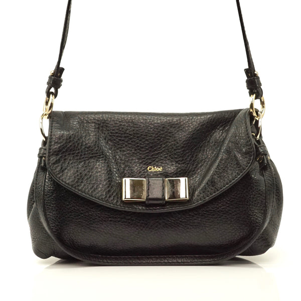 Pre-loved authentic Chloe Black Leather Shoulder Bag sale at jebwa