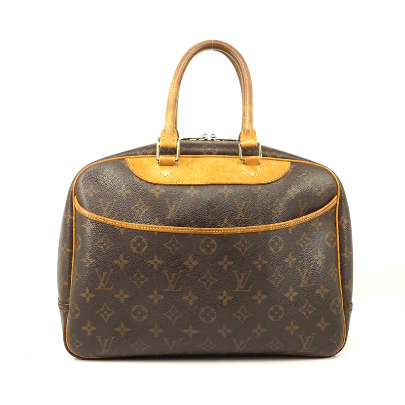 Pre-loved authentic Louis Vuitton Saumur 30 Messenger sale at jebwa
