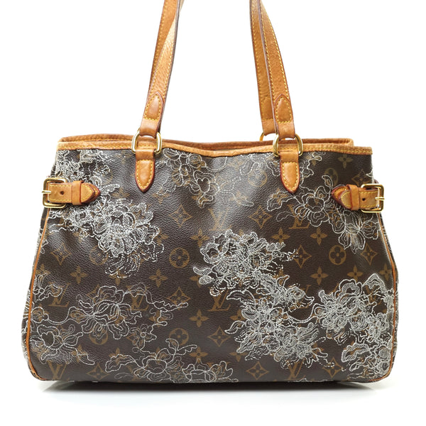 Pre-loved authentic Louis Vuitton Batignolles Dantelle sale at jebwa