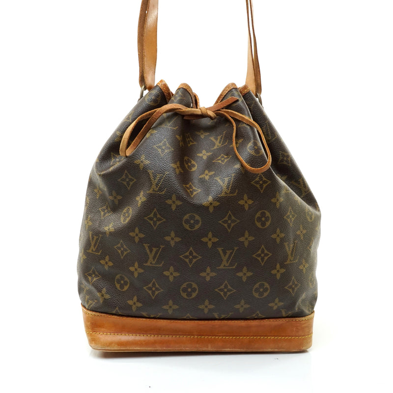 Pre-loved authentic Louis Vuitton Noe Shoulder Bag sale at jebwa.