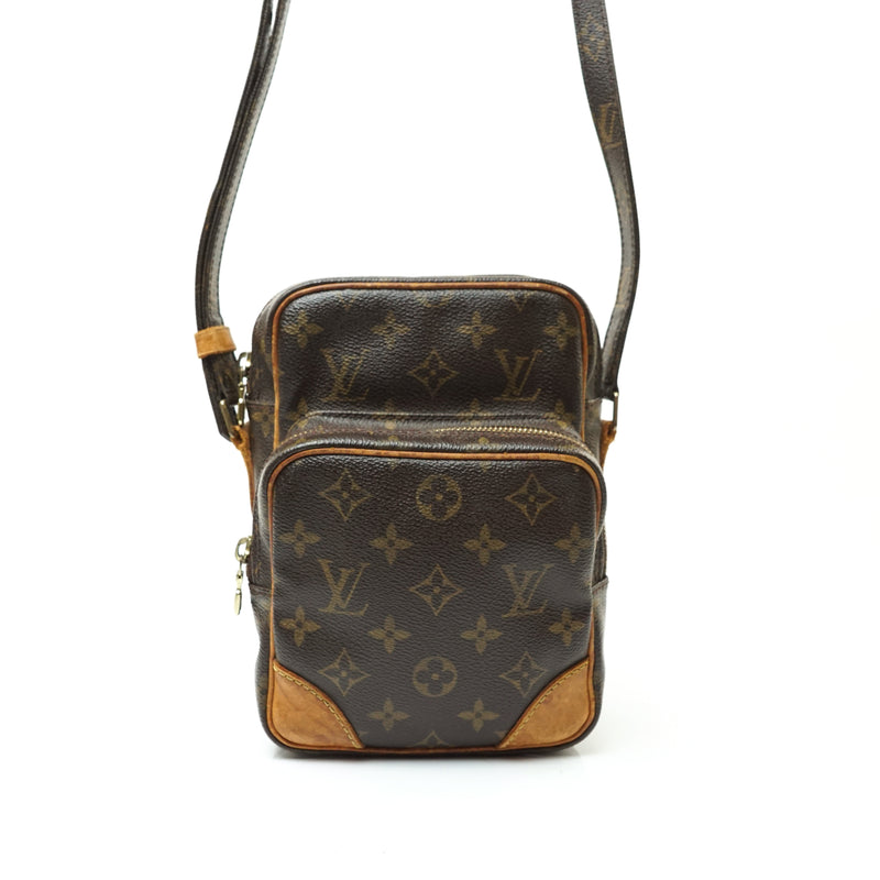Pre-loved authentic Louis Vuitton Amazon Pm Cross Body sale at jebwa.
