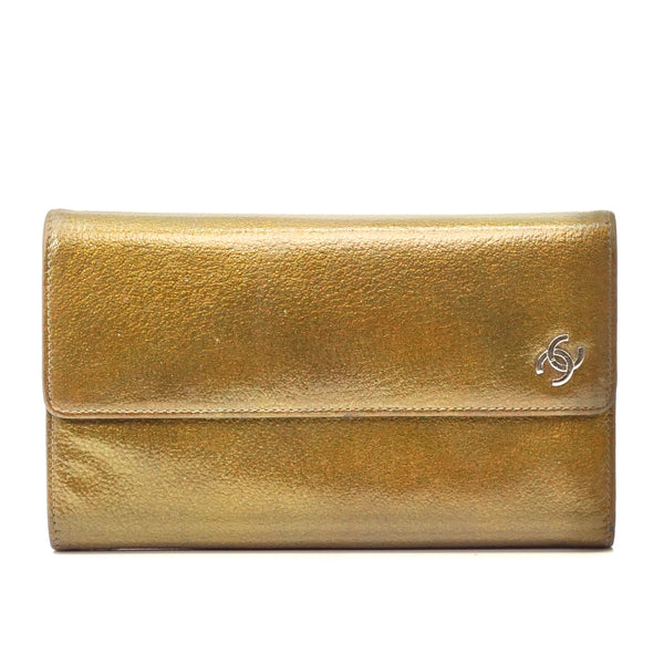 Pre-loved authentic Chanel Coco Mark Wallet Leather sale at jebwa