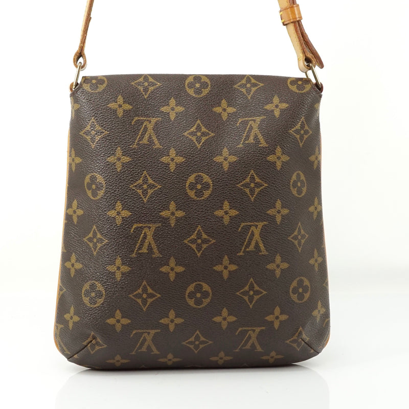 Pre-loved authentic Louis Vuitton Musette Salsa sale at jebwa