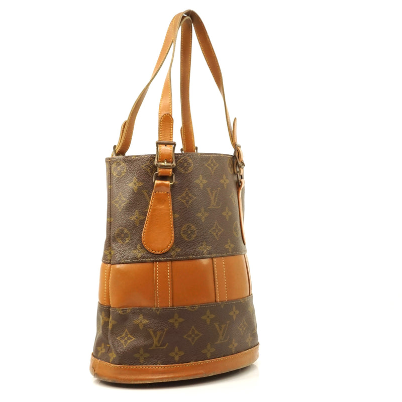 Pre-loved authentic Louis Vuitton Bucket Pm Shoulder sale at jebwa