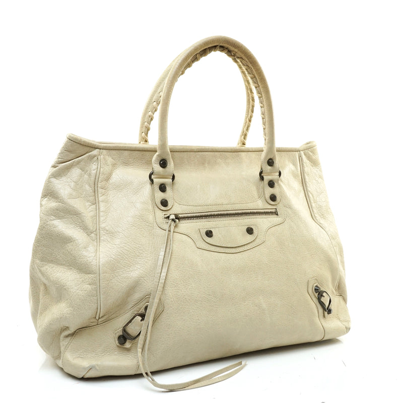 Pre-loved authentic Balenciaga The Sunday Hand Bag sale at jebwa.