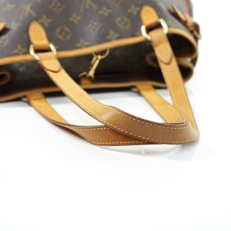 Pre-loved authentic Louis Vuitton Batignolles sale at jebwa.