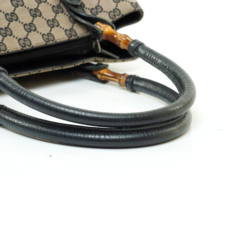 Pre-loved authentic Gucci Bamboo Hand Bag Navy Blue sale at jebwa.