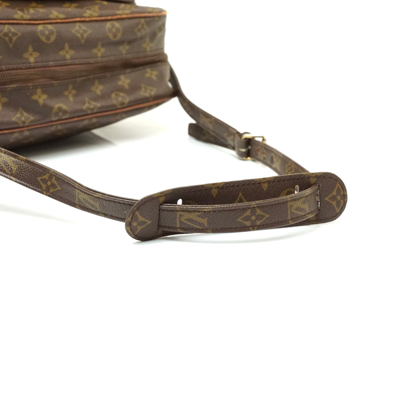 Pre-loved authentic Louis Vuitton Nile Gm Crossbody Bag sale at jebwa.