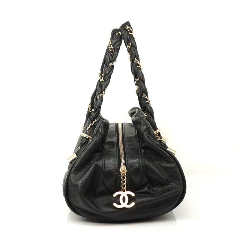 Pre-loved authentic Chanel Black Lamb Leather Hand Bag sale at jebwa