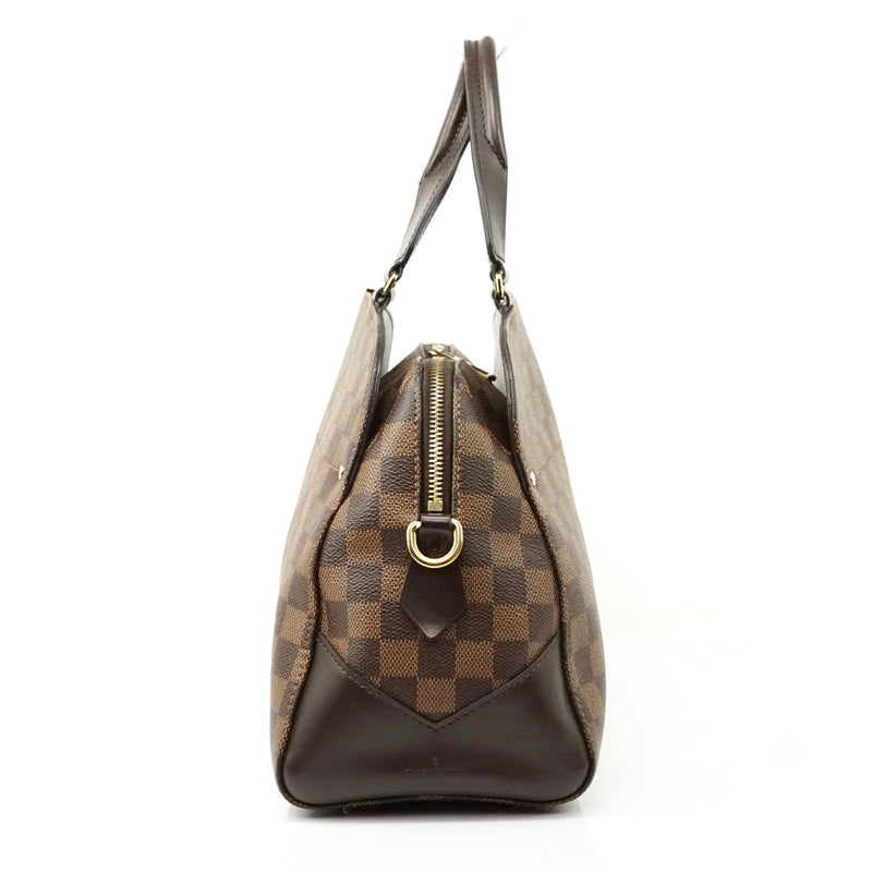 Pre-loved authentic Louis Vuitton Kensington Crossbody sale at jebwa