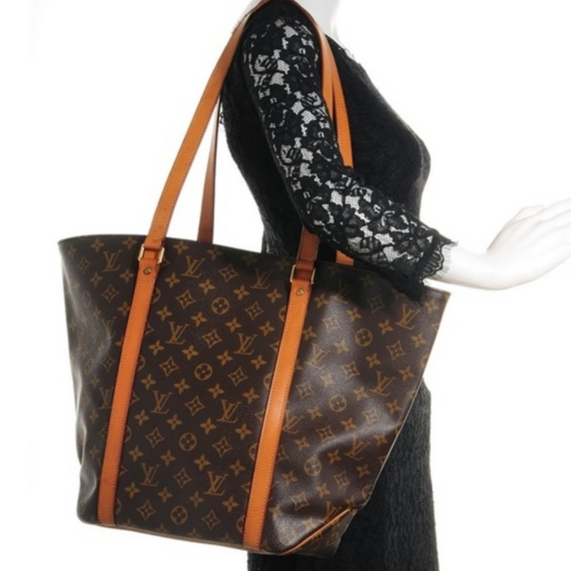 Pre-loved authentic Louis Vuitton Sac Shopping Shoulder sale at jebwa