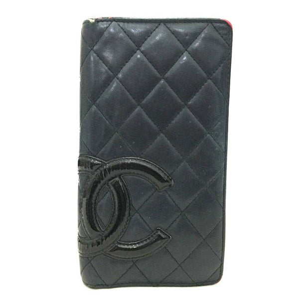 Pre-loved authentic Chanel Combon Line Long Bifold sale at jebwa
