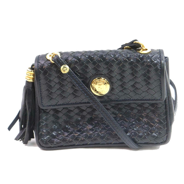 Pre-loved authentic Fendi Black Leather Shoulder Bag sale at jebwa