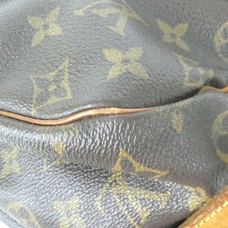 Pre-loved authentic Louis Vuitton Saumur 35 Shoulder sale at jebwa