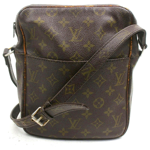 Pre-loved authentic Louis Vuitton Danube Mm Crossbody sale at jebwa