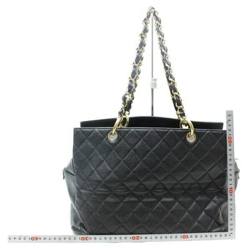 Pre-loved authentic Chanel Chain Tote Bag Black Caviar sale at jebwa