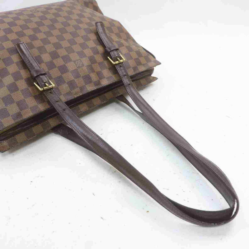 Pre-loved authentic Louis Vuitton Chelsea Tote Bag sale at jebwa