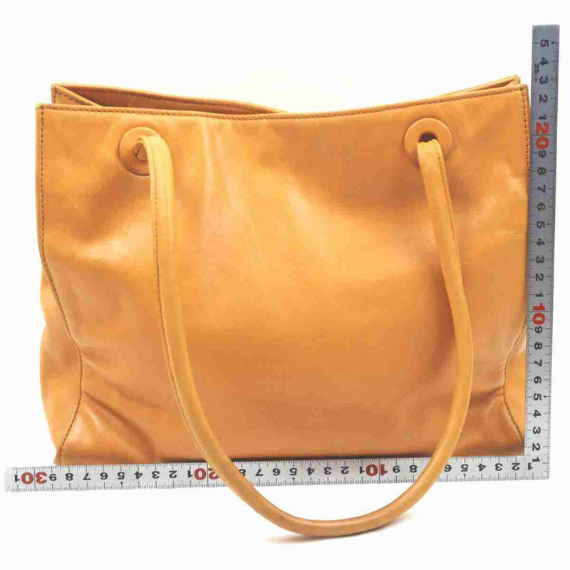 Pre-loved authentic Chanel Tote Bag Orange Lamb Skin sale at jebwa
