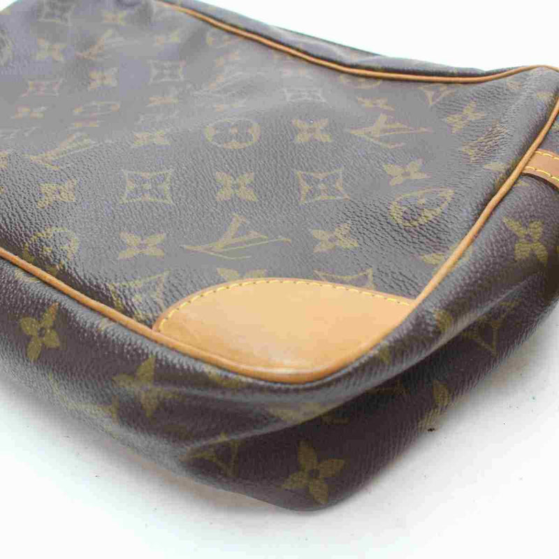 Pre-loved authentic Louis Vuitton Compiegne 28 Clutch sale at jebwa