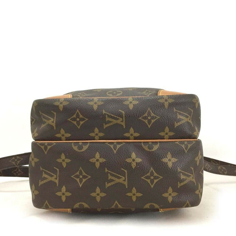 Pre-loved authentic Louis Vuitton Amazon Gm Crossbody sale at jebwa