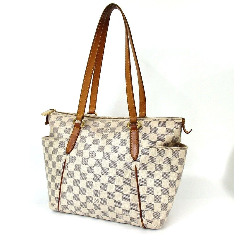 Pre-loved authentic Louis Vuitton Totally Pm Tote Bag sale at jebwa
