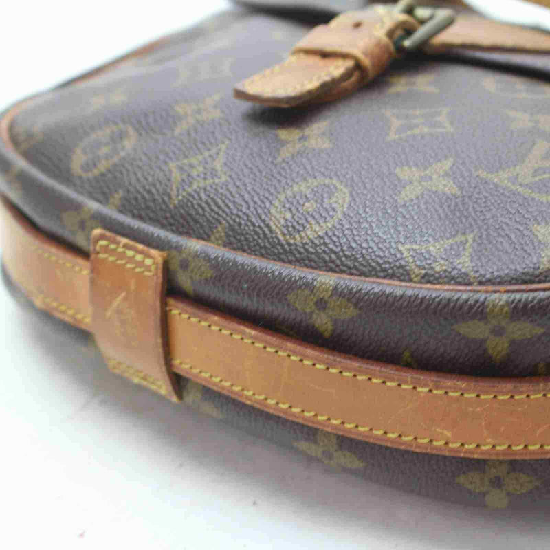 Pre-loved authentic Louis Vuitton Jeunefille Gm sale at jebwa.