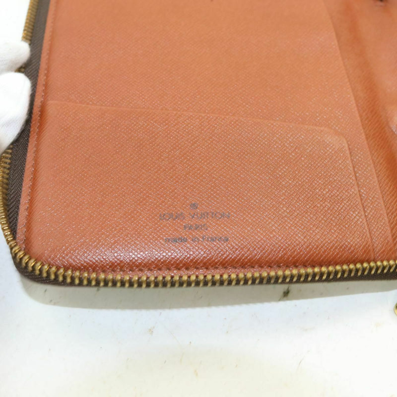 Louis Vuitton Zippy Wallet Brown