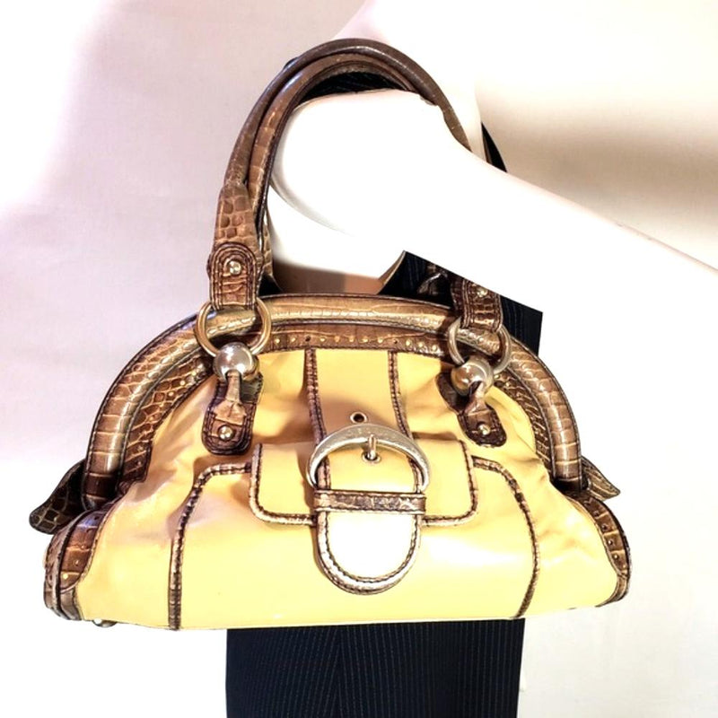 Pre-loved authentic Celine Embossed Leather Shoulder sale at jebwa