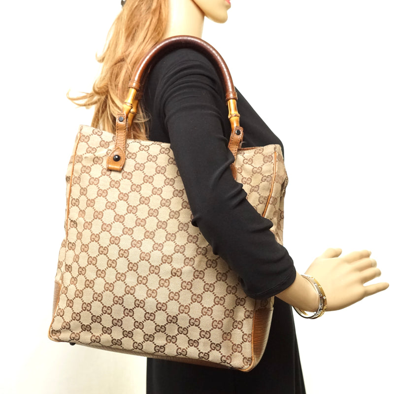 Pre-loved authentic Gucci Tote Bag Brown Canvas sale at jebwa