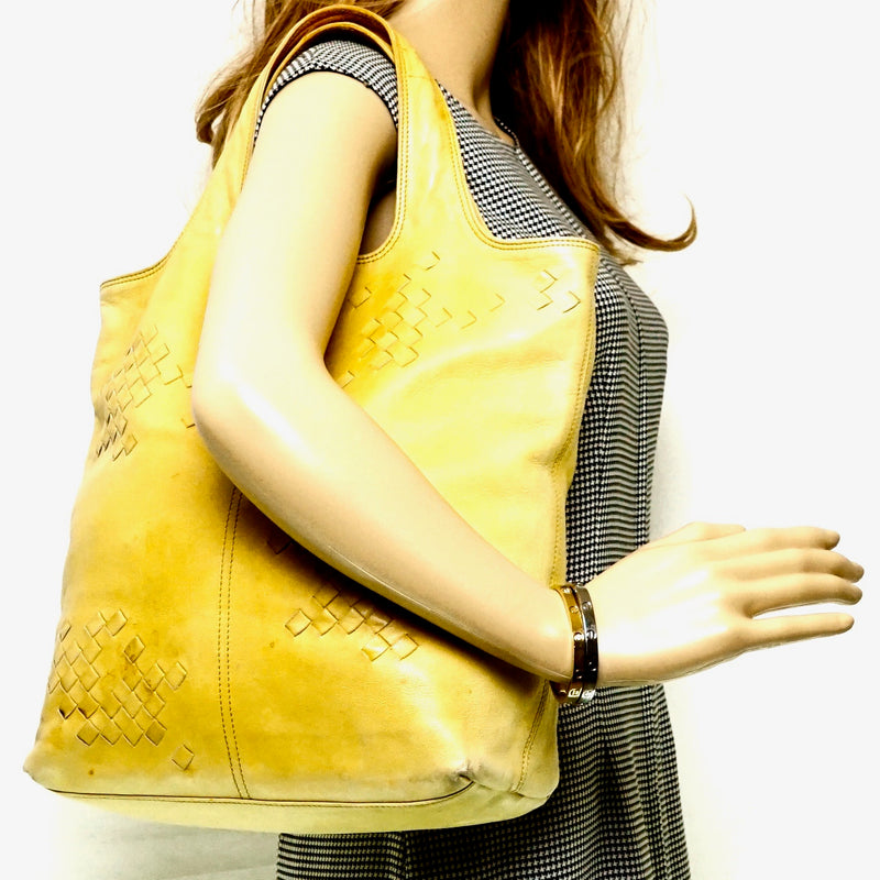 Pre-loved authentic Bottega Veneta Leather Yellow Hand sale at jebwa