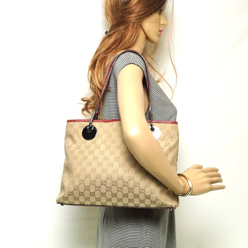 Pre-loved authentic Gucci Gg Beige Canvas Tote Bag sale at jebwa