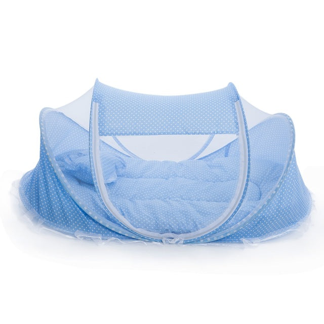 Pillow Mesh Baby Crib