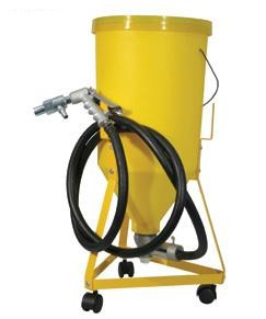 Workquip 5 Gallon Abrasive Blasting Pot with Gun and Hose