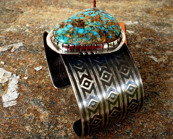 Blanket Patterned Cuff