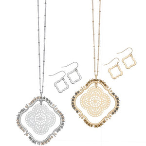 Filigree Quatrefoil Pendant Necklace & Earring Set