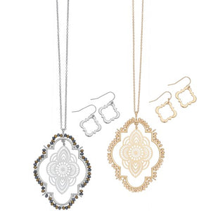Filigree Oval Pendant Necklace & Earring Set